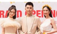 Hotgirl Linh Ka bất ngờ xuất hiện cạnh ca sĩ Will tại sự kiện giữa tin đồn hẹn hò