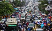 Mưa triền miên, phố phường Hà Nội tắc tứ bề ngày đầu tuần