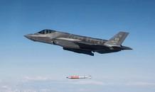 Tận thấy tiêm kích F-35 thả bom hạt nhân có tốc độ siêu thanh