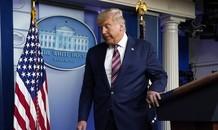 Đài truyền hình Mỹ cắt ngang bài phát biểu của Tổng thống Trump