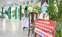 Đà Nẵng - Lễ khai giảng chỉ có thầy cô giáo, học trò ở nhà xem màn hình