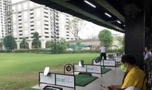 Đình chỉ sân tập golf vô tư hoạt động giữa mùa dịch ở Hà Nội