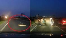 Tránh bó củi, xe 7 chỗ lật ngang trên cao tốc Bắc Giang