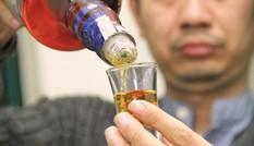 Cách nhận biết rượu có bị làm giả hay không?