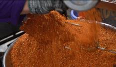 Quán gà nướng muối ớt bán hơn 200 con mỗi ngày