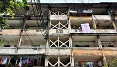 Tòa nhà nghiêng 14 độ, người dân sống trong sợ hãi