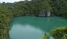 'Hồ ma' rộng 3.000 m2 bỗng nhiên bốc hơi biến mất chỉ sau một đêm