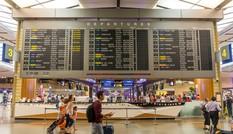 Singapore dỡ lệnh đóng cửa biên giới với khách từ Việt Nam