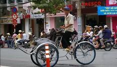 Cần xử lý hình sự tài xế xích lô lấy 2,9 triệu đồng của ông lão Nhật Bản