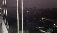 Tai nạn thảm khốc trên cầu treo khiến 4 người chết, 1 người mất tích