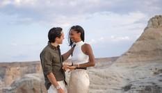 Thiên thần nội y Jasmine Tookes được bạn trai cầu hôn với nhẫn tiền tỉ