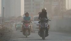 Chủ tịch Hà Nội cho phép học sinh nghỉ học khi không khí 'nguy hại'