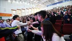 Chào tân sinh viên 2020 và ra mắt đặc san Trường học hay Trường đời 2