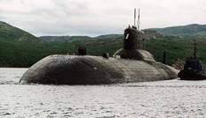 Nga gỡ tên lửa khỏi tàu ngầm hạt nhân 'khủng' nhất thế giới