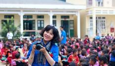 Cô sinh viên mê tình nguyện