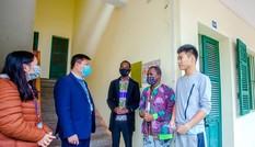 Cho lưu học sinh nước ngoài nghỉ phép để phòng dịch