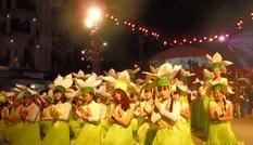 Tận thấy lễ hội đường phố độc đáo tại Đồng Văn