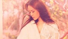 """""""Nữ thần nhan sắc xinh đẹp nhất xứ Đài"""" giữ kỷ lục shopping online trong 1 ngày gây """"sốc"""""""