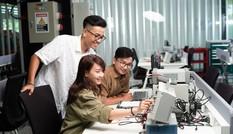Giúp thế hệ Z đón đầu cơ hội việc làm trong nền kinh tế số