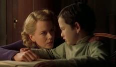 Làm mẹ đơn thân đã vất vả, mẹ đơn thân trong phim kinh dị còn khổ sở hơn nhiều