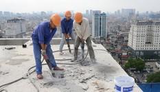 Hà Nội: Một số phóng viên tạp chí 'hỏi thăm' công trình xây dựng mùa dịch COVID-19