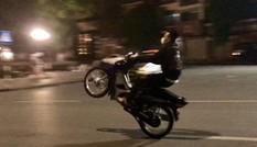 Chủ tịch Hà Nội yêu cầu điều tra 'quái xế' đua xe ở Hồ Gươm