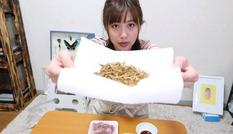 Cô gái nuôi 300 loài côn trùng để làm đồ ăn