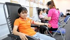 Rộn ràng ngày hội hiến máu Chủ nhật Đỏ tại Hà Nội