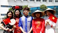 Bộ GD - ĐT khuyến cáo lưu học sinh cân nhắc khi quay trở về Việt Nam