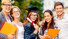 Du học sinh sẽ phải rời khỏi Mỹ nếu chỉ học trực tuyến