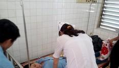 Hơn 60 công nhân nghi bị ngộ độc sau khi ăn bún riêu