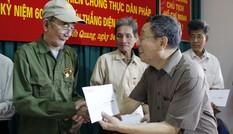 Trao quà cho cựu TNXP Điện Biên tại Tuyên Quang, Thái Nguyên