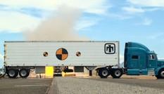 Mỹ cho xe tải phản lực lao vào thùng chứa vũ khí hạt nhân