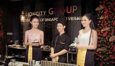 Hình ảnh thí sinh Hoa hậu Việt Nam trổ tài nấu đồ ăn