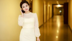 MC có nụ cười đẹp nhất VTV khoe vẻ dịu dàng với váy màu pastel