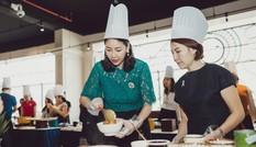 Hoa hậu Hà Kiều Anh trổ tài nấu nướng tại cơ ngơi ở Vũng Tàu