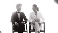 Ông xã tương lai khoe ảnh cưới đen-trắng cực lãng mạn bên Á hậu Thuý Vân