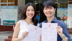 Khoe giấy đăng ký kết hôn, Thuý Vân để lộ gia thế 'không phải dạng vừa' của bạn trai U40