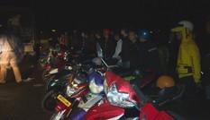 Công an chặn đứng gần 300 thanh thiếu niên tụ tập đua xe