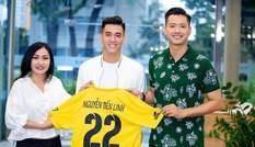 Hồ Đức Vĩnh nhận lỗi đã mời Tiến Linh vào đội bóng nghệ sĩ sau khi nam cầu thủ bị cảnh cáo