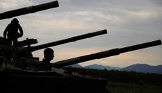 Người Anh 'chào thua' khí tài quân sự của Nga