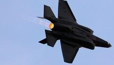 Israel ngày thứ hai liên tiếp tấn công quân đội Syria