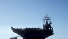 Sáng nay cụm tàu sân bay Mỹ USS Carl Vinson vào vịnh Đà Nẵng