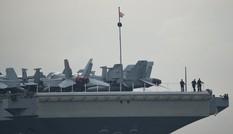 Mỹ đưa tàu sân bay USS Ronald Reagan và 70 máy bay tuần tra Biển Đông