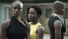 """Thu gần nửa tỷ USD sau 5 ngày, """"Black Panther"""" đang làm nên lịch sử?"""