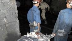 Lở than trong hầm lò, 2 người thương vong