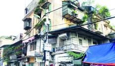 Cải tạo chung cư cũ tại Hà Nội: Không để người dân 'đánh đu' với nhà đầu tư!
