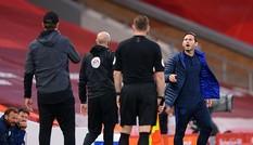 HLV Chelsea hối hận vì chửi bậy khi đấu Liverpool