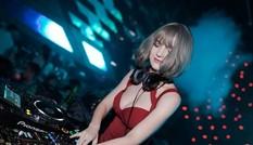 Cô gái Ukraine gợi cảm và xinh như búp bê, đang là DJ tại Hà Nội