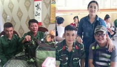 Sống tích cực mùa dịch: Con trai Tấn Beo xung phong vào tuyến đầu chống dịch COVID-19